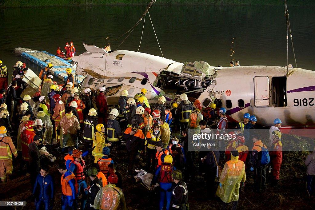 TransAsia Airways Plane Crashes In Taipei : News Photo