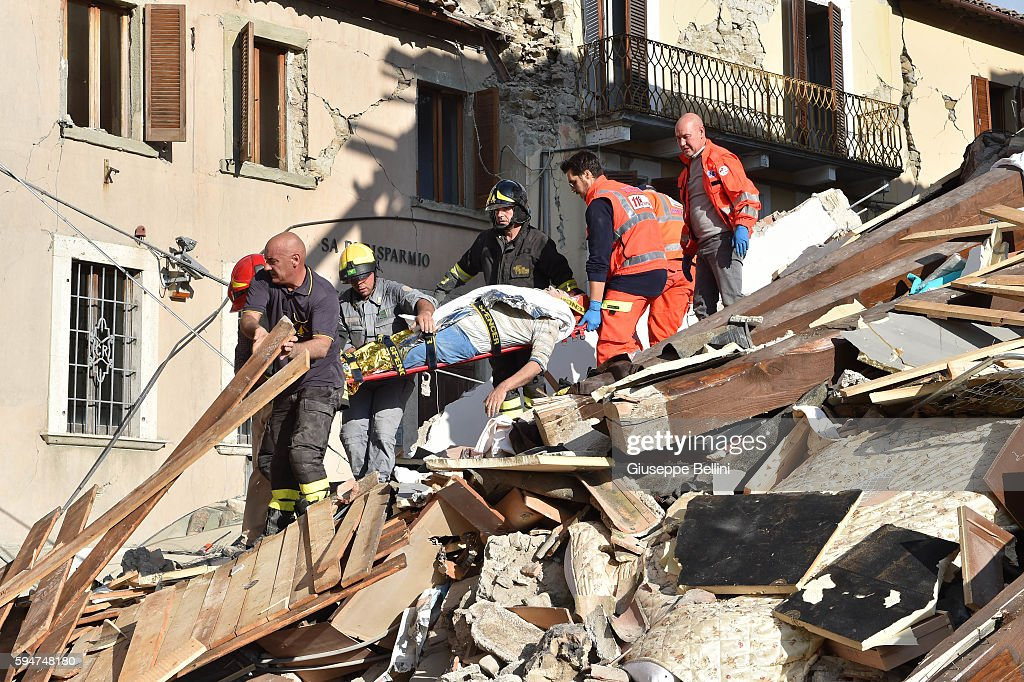 Magnitude 6.2 Earthquake In Central Italy Kill At Least 38 : News Photo
