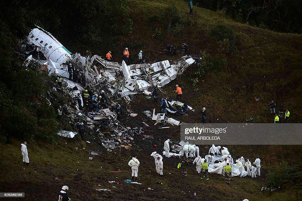 FBL-COLOMBIA-BRAZIL-ACCIDENT-PLANE-CHAPECOENSE : News Photo