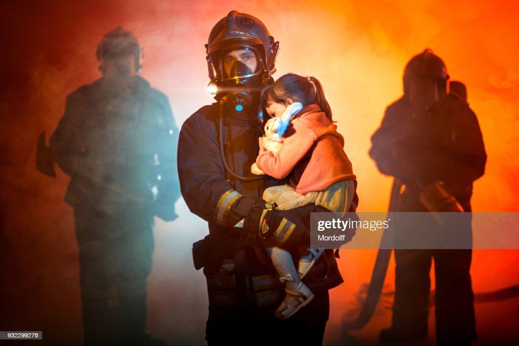 火災から救出 : ストックフォト