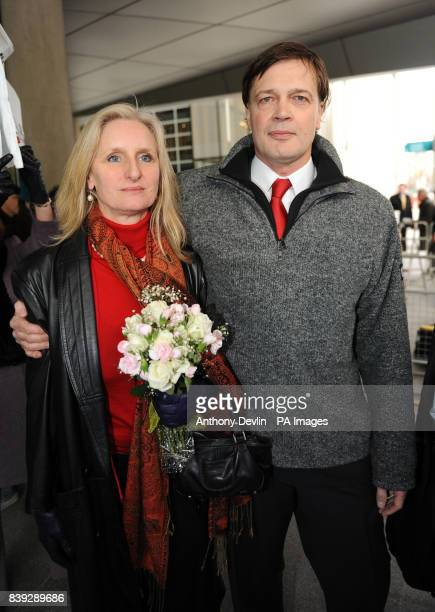 MMR research doctor Andrew Wakefield arrives with wife Carmen Wakefield to make a statement at the General Medical Council headquarters in London