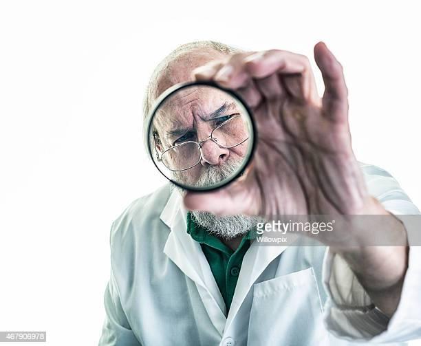 La recherche scientifique examine Verre optique
