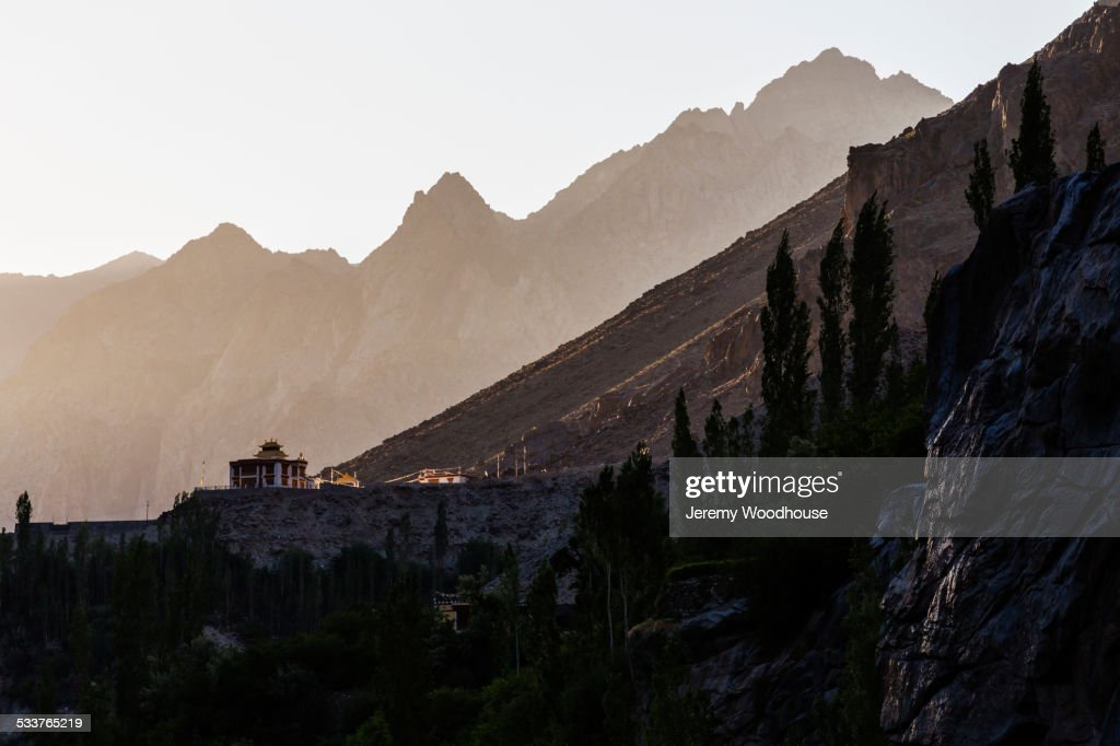 Residence of Dalai Lama in mountain valley, Dau Hanu, Ladakh, India : Foto stock
