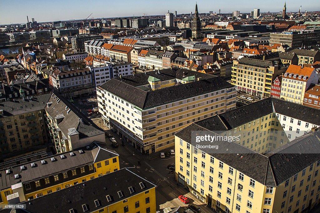 Danish Housing As Biggest Banks Face Law Restricting Mortgage Brokering : ニュース写真