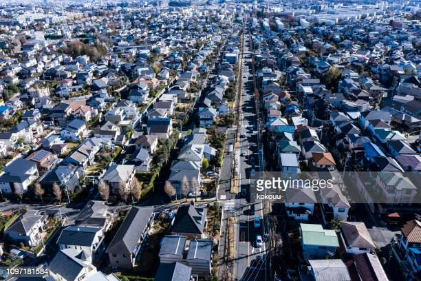 似たような家の住宅地 - 地域 ストックフォトと画像
