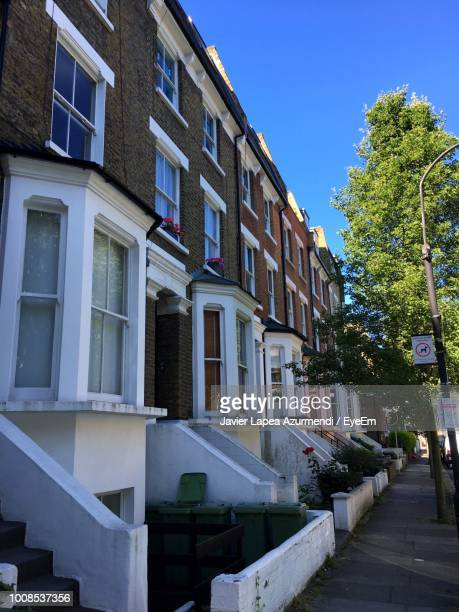 residential buildings against sky - fulham stock pictures, royalty-free photos & images