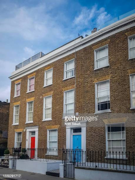 residential buildings in a row, notting hill, london - british culture stock pictures, royalty-free photos & images