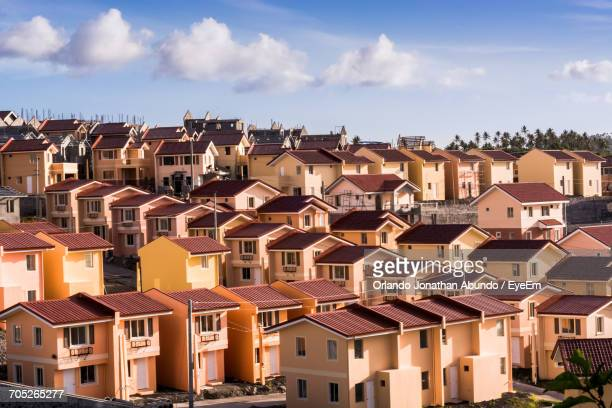 residential buildings in town - file:the_wyoming,_orlando,_fl.jpg stock pictures, royalty-free photos & images