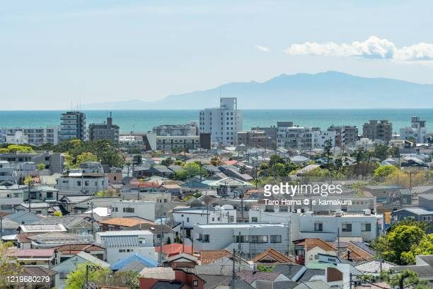 residential district by the sea in kanagawa prefecture of japan - 東海地方 ストックフォトと画像