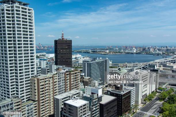 residential district by the sea in kobe - 神戸市 ストックフォトと画像
