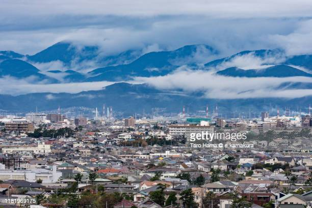 residential districts and mountains in kanagawa prefecture of japan - 平塚市 ストックフォトと画像