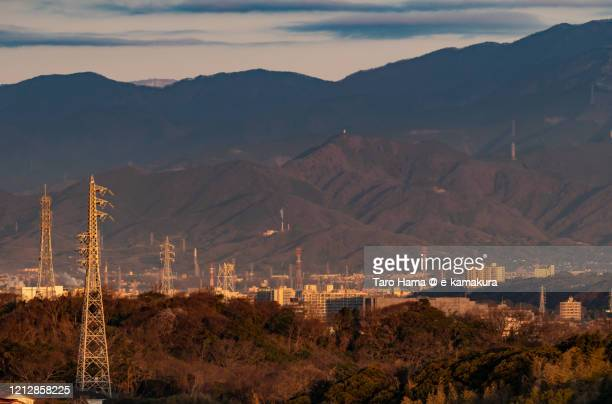 residential districts and mountains in kanagawa prefecture of japan - 中部地方 ストックフォトと画像