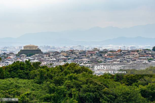 residential districts on the hill in kanagawa prefecture of japan - taro hama ストックフォトと画像