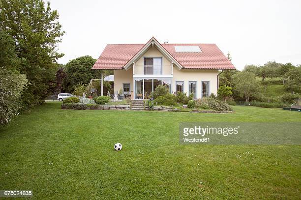 residential house with garden - house stock pictures, royalty-free photos & images