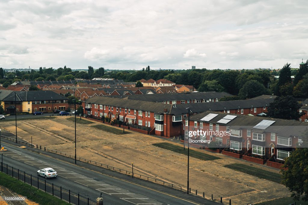 Residential housing stands in Wallsend, U.K., on Thursday, Sept. 6, 2018. The northeast of England illustrates the precarious position facing many parts of the U.K. just six months before the country is due to leave the EU. Photographer: Matthew Lloyd/Bloomberg via Getty Images