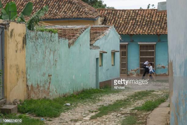 residentiële wijk in trinidad, cuba - sancti spiritus provincie stockfoto's en -beelden