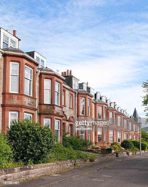 residential street in edinburgh - terraced_house stock pictures, royalty-free photos & images