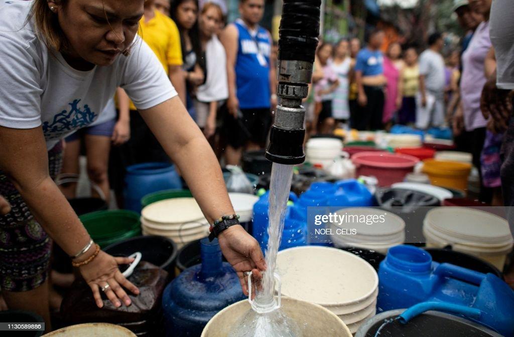 TOPSHOT-PHILIPPINES-GOVERNANCE-WATER : News Photo