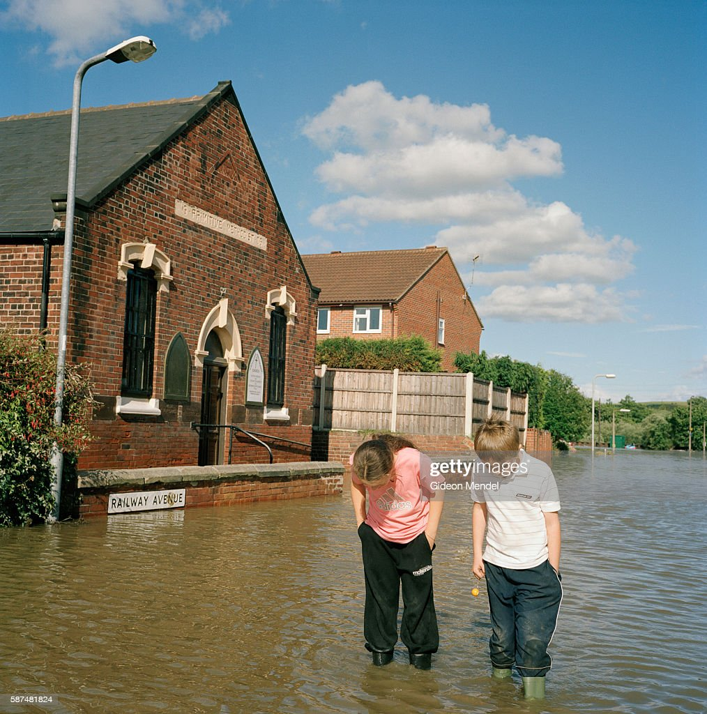 UK - Floods - A flooded street : News Photo