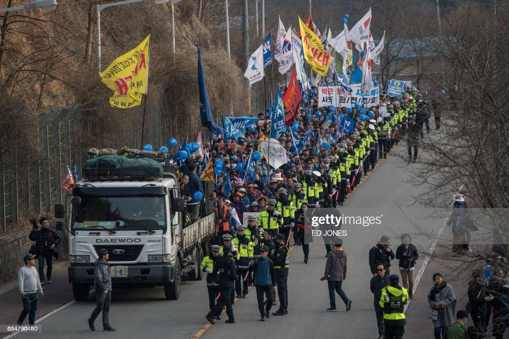 US-NKorea-SKorea-diplomacy-nuclear-military-defence-protest-poli : News Photo