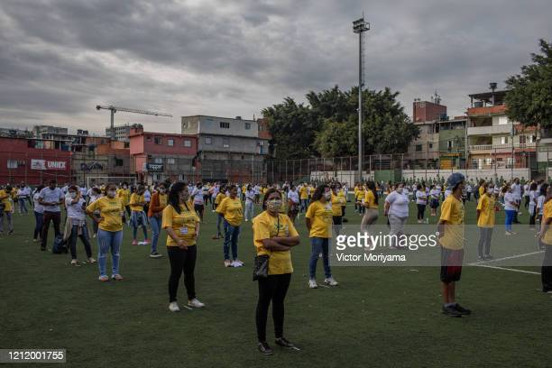 Residents of the Paraisópolis slum receive first aid training on May 6 2020 in Sao Paulo Brazil The local community organizes itself to fight...