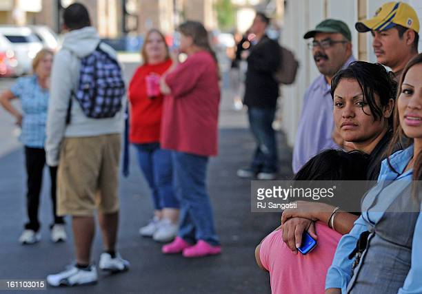 RAID16 Residents of the Vistas apartment complex in Aurora watch as Federal Bureau of Investigation agents searched the apartment of Najibullah Zazi...