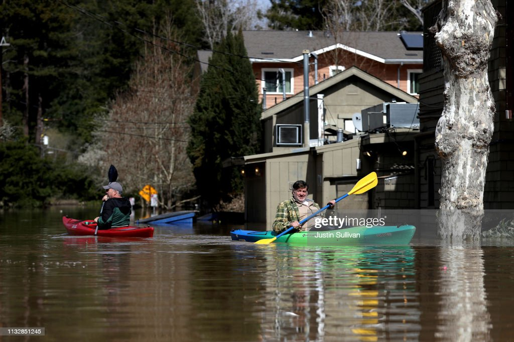 "Sonoma County Town Of Guerneville Inundated With Flood Waters From ""Atmospheric River"" Weather System : News Photo"