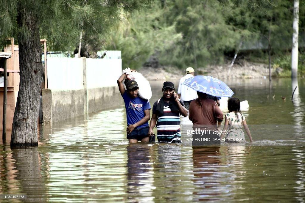 ETIMOR-FLOOD-DISASTER : News Photo