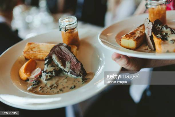 restaurant dish - serving food and drinks stock pictures, royalty-free photos & images