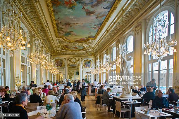 restaurant in musee d'orsay - musee d'orsay stock pictures, royalty-free photos & images