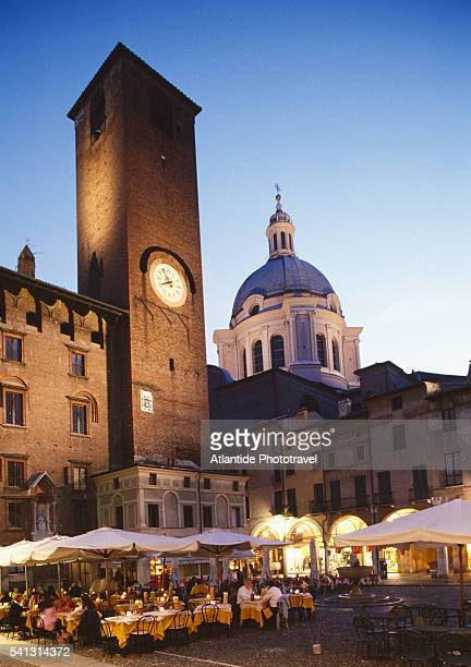 restaurant in piazza broletto - mantua stock pictures, royalty-free photos & images