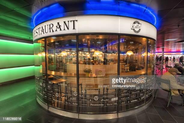 restaurant in underground passageway,zurich main train station. - emreturanphoto ストックフォトと画像