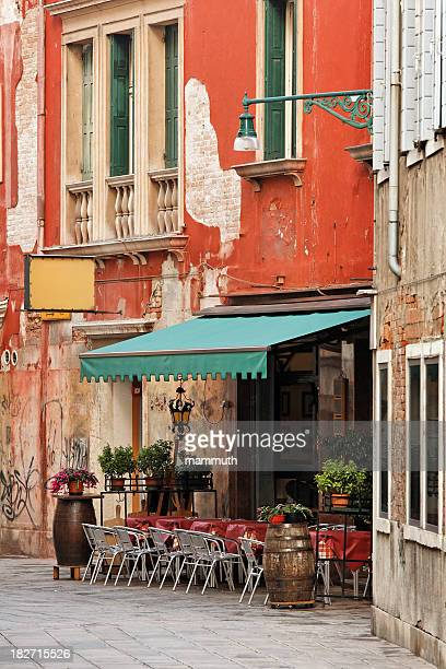 restaurant in venice - inn stock pictures, royalty-free photos & images