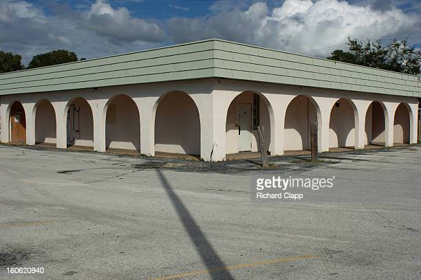 CONTENT] Restaurant on the Sarasota FL North Tamiami Trail that closed during the recession