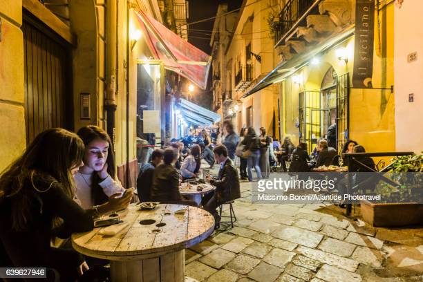 Restaurants in Via (street) Filangeri
