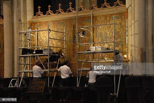 Restaurierungsarbeiten Kölner Dom Köln NordrheinWestfalen Deutschland Europa innen Restaurierung Gerüst Reise BB DIG PNr 1026/2011