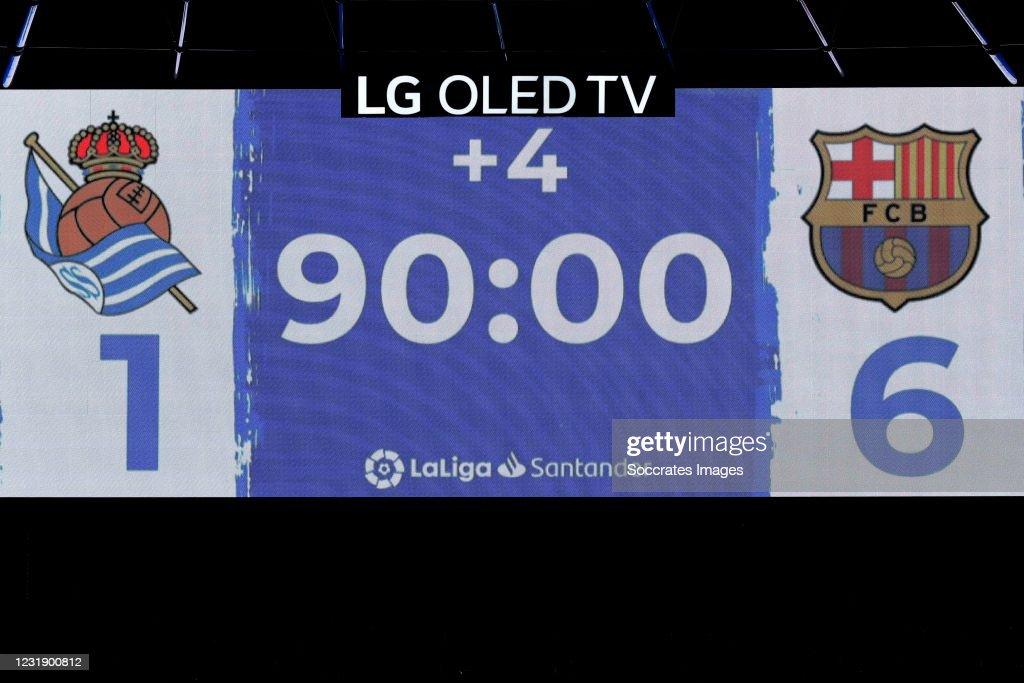 Real Sociedad v FC Barcelona - La Liga Santander : News Photo