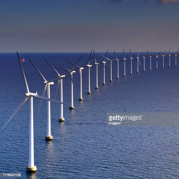 øresund offshore wind turbines - windmill stock pictures, royalty-free photos & images