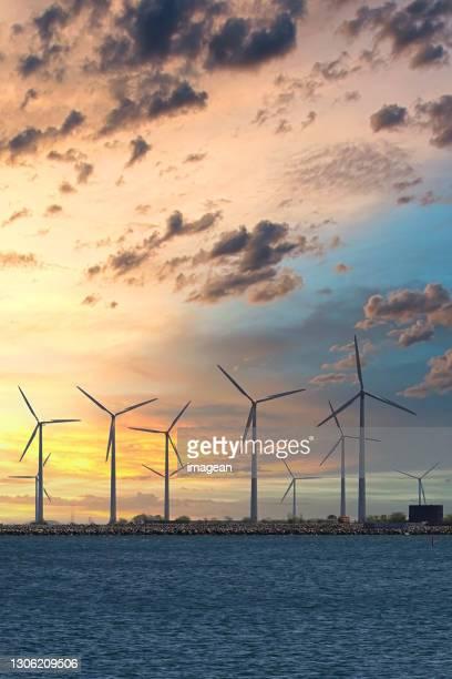 øresund offshore wind turbines - oresund region stock pictures, royalty-free photos & images