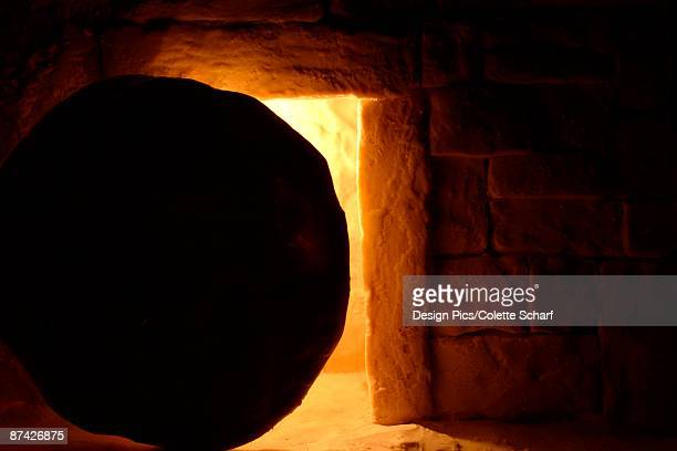 resurrection of jesus - death and resurrection of jesus stock photos and pictures