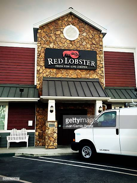 Retail sign. Red Lobster restaurant entrance in Lakewood, California.