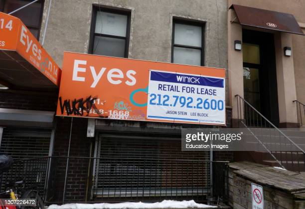 Retail space for lease sign during pandemic, Manhattan, New York.