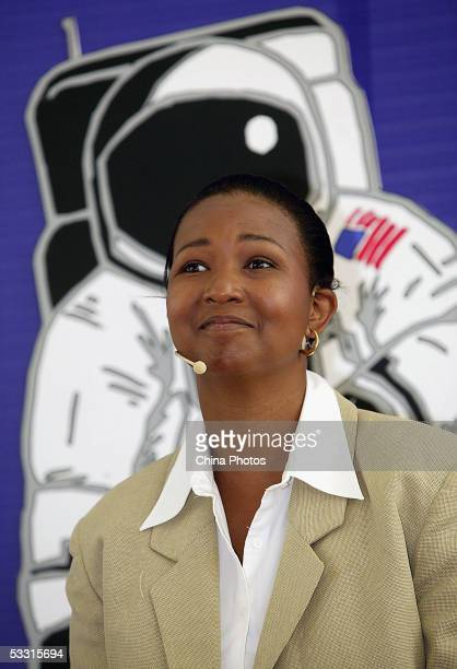 US retired astronaut Mae C Jemison delivers a speech as she visits a research center of DuPont Company on August 2 2005 in Shanghai China Three...