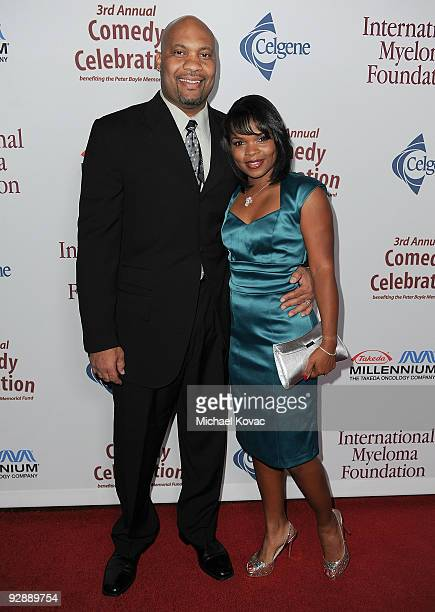 Retired NFL linebacker Elijah Alexander and wife Kimberly Alexander arrive at the International Myeloma Foundation's 3rd Annual Comedy Benefit...