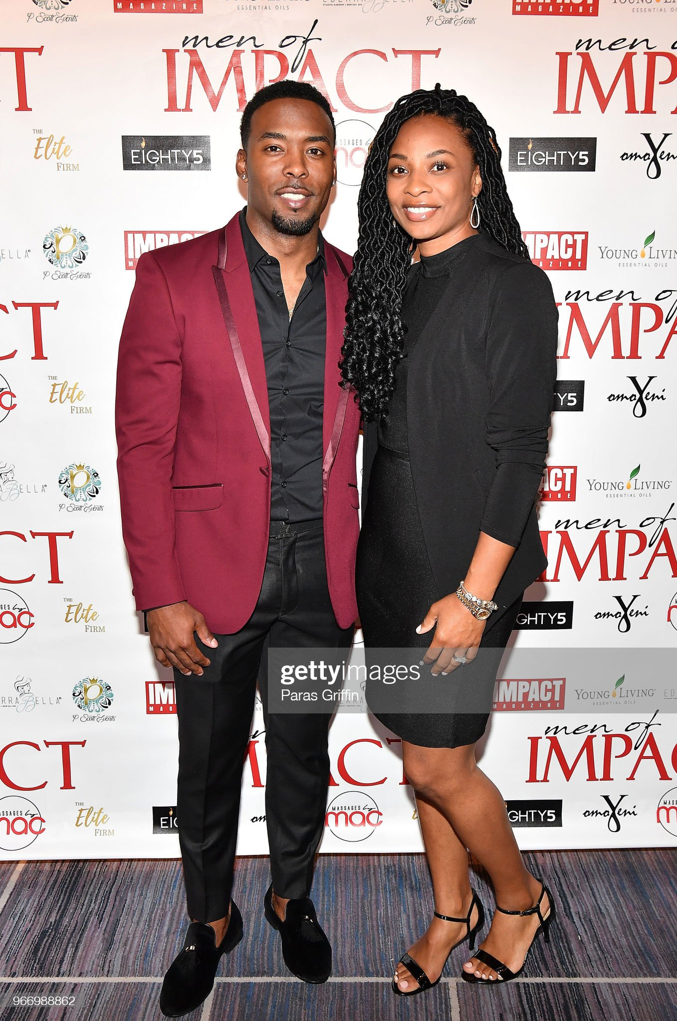 ¿Cuánto mide Andrew Hawkins? - Real height Retired-nfl-player-andrew-hawkins-with-wife-attend-men-of-impact-at-picture-id966988862?s=2048x2048