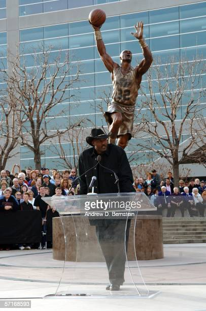 Retired power forward Karl Malone speaks at the Unveiling his statue commissioned by Utah Jazz owner Larry H Miller on March 23 2006 at the Delta...