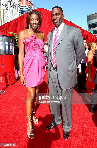 Retired professional women's basketball player Lisa Leslie arrives with husband Michael Lockwood arrive at the 2010 ESPY Awards at Nokia Theatre LA...