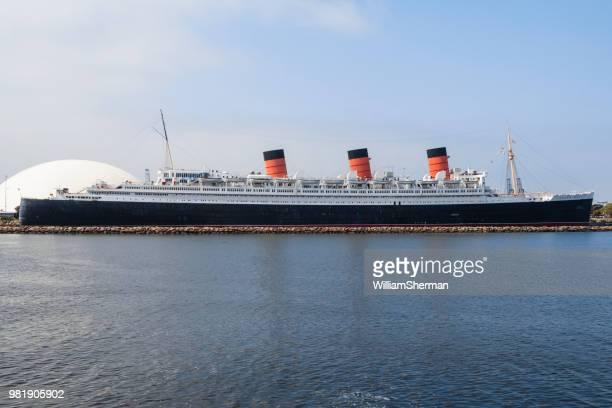 カリフォルニア州ロングビーチで係留引退した女王メアリー オーシャン ライナー - 遠洋定期船 ストックフォトと画像