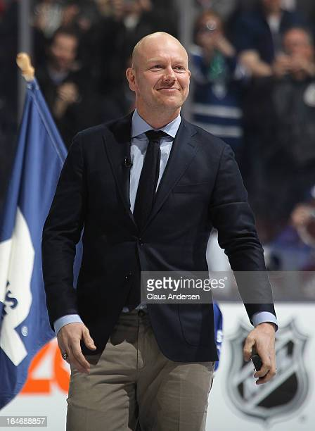 Retired Toronto Maple Leaf legend Mats Sundin comes out to perform the puck drop prior to agame between the Boston Bruins and the Toronto Maple Leafs...