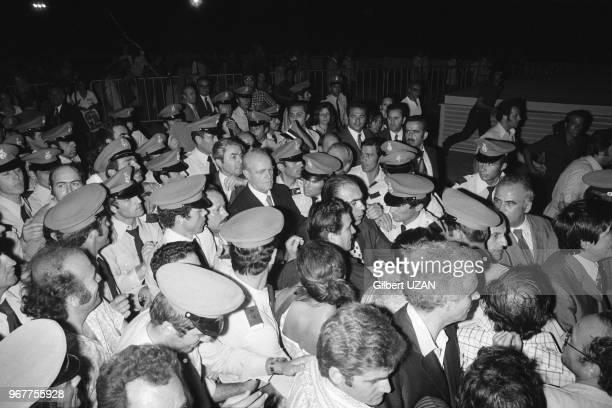 Retour de Konstantínos Karamanlís acclamé par la foule après le chute du régime des colonels le 24 juillet 1974 Athènes Grèce